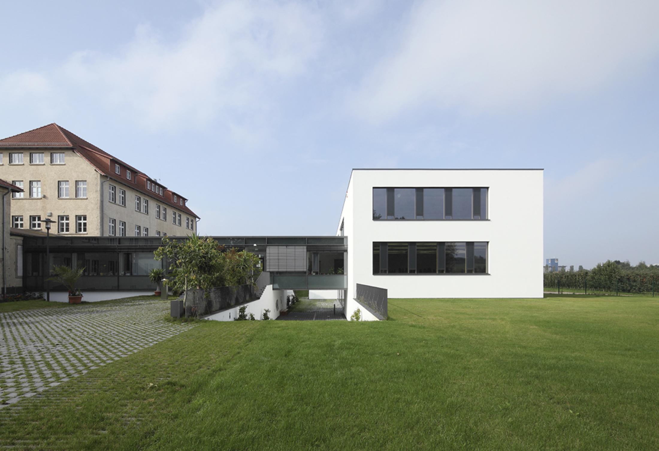 h rsaal und laborgeb ude fh erfurt freianlagen gerber architekten On fh hamburg architektur